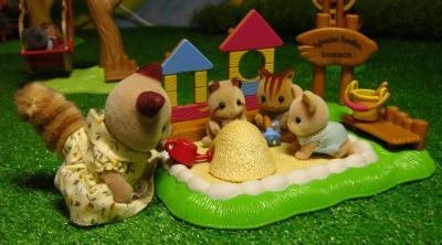 アライグマさん お砂場遊び