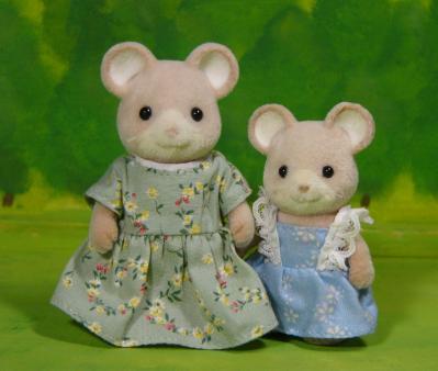 ネズミ(白耳)母、娘