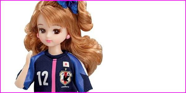「リカちゃん なでしこジャパンモデル」 6000体限定で7月に発売 背番号は12で胸には金の星マーク