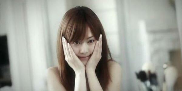 オウムの高橋克也 個室ビデオ店で吉沢明歩「秘密捜査官の女 鬼畜テロリストの淫謀」を観賞