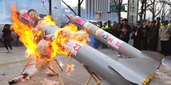 韓国が日本に警告、「日本とアメリカの軍事同盟は韓国の国益損なう」