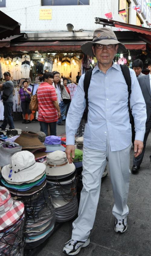 【韓国】 「暗行御史」パク・ウォンスン、ソウル市長が日本人に変装して観光客へのぼったくり料金実態調査