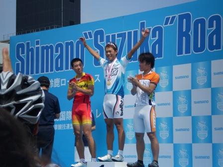 suzuka4_20120819181708.jpg