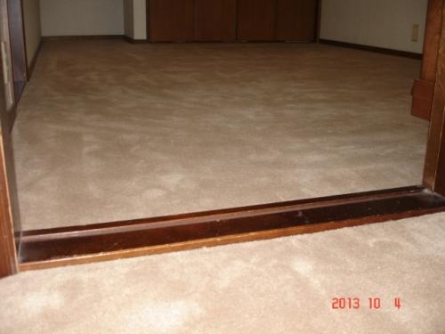 シンコール スペイシーカーペット ニュークライストCR-4024ベージュ色