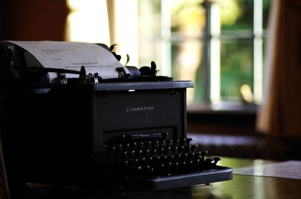 手動タイプライター