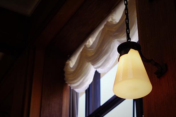 2階広間のライト