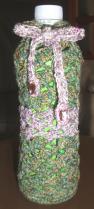 ペットボトルホルダー グリーン調混ざり糸 ピンク紫調混ざり糸 きんぎょそう編みA-1