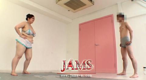 予約期間中にJAMSstoreで予約して特典盛り沢山!肉感!ぬるぬるレスリング[SND-57]新肉感地帯 超乳女肉三昧 肉感の妖精・藤堂カレン