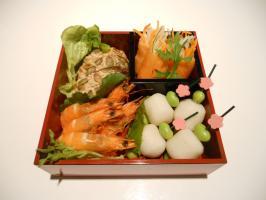 Osechi-box 4-square