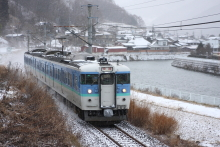 鉄道写真にチャレンジ!-飯田線 2225M N1編成