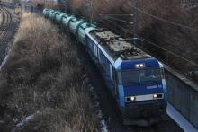鉄道写真にチャレンジ!-EH200 8465レ 中央本線