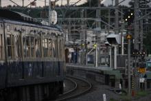 鉄道写真にチャレンジ!-夕方のスカ色小淵沢駅にて