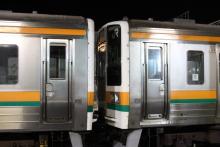 鉄道写真にチャレンジ!-2011.12.15 配9233レ EF64-1031+211系10B