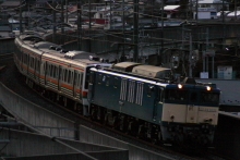鉄道写真にチャレンジ!-2011.12.19 配9430レ 211系8BNN出場