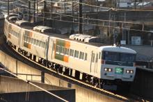 鉄道写真にチャレンジ!-2011.12.31 特急はまかいじ