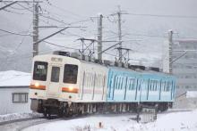 鉄道写真にチャレンジ!-1262M 119系 カキM5 + E4