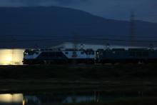 鉄道写真にチャレンジ!-5875レ EF64-1025 + EF64-1050 + タキ