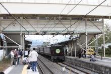 鉄道写真にチャレンジ!-中央線紀行号 富士見駅構内の様子