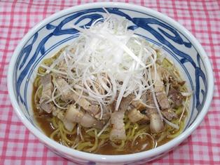 たっぷりネギのネギチャーシュー麺
