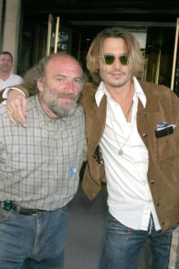 600_Johnny_Depp_Radioman.jpg