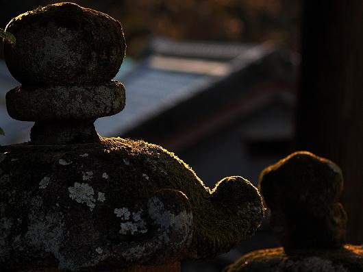 石灯籠04-20131230