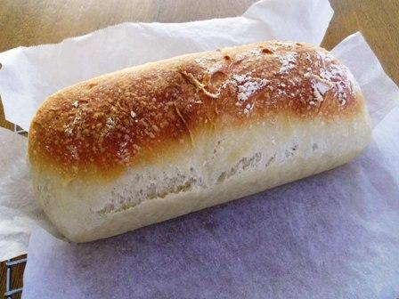 こねてない食パン