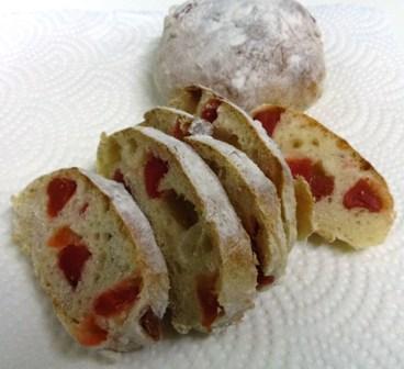 ドライいちごのパン