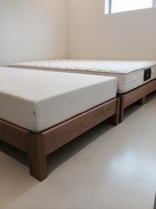 ベッド(納品ベッドマット2)
