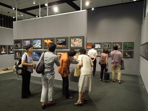 2012.08.09. 女性だけの写真展 DSCN3185