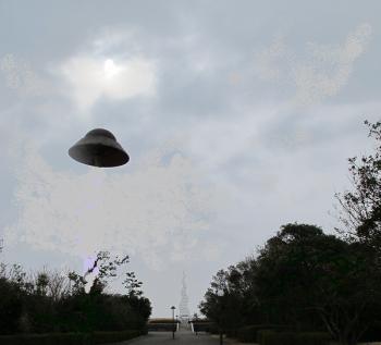 アダムスキー型UFO???