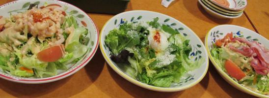 サイゼリヤ サラダ3種