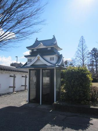岡崎公園 お城 電話ボックス