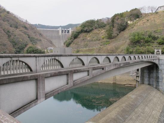 石小屋ダムから宮ヶ瀬ダム