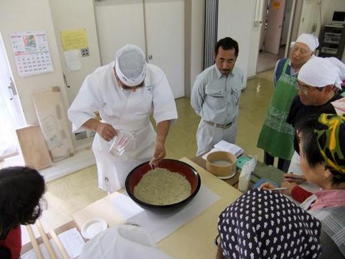 2012.11.11 そば作り教室 001 (215)