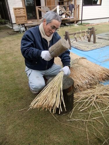 2012.11.29 わらの加工研修 065 (4)