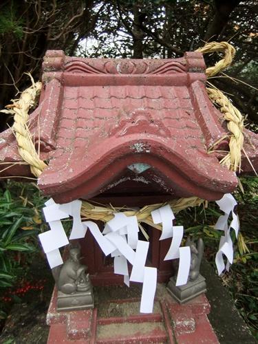 2012.12.3 お稲荷様 006 (4)