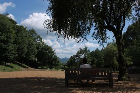 萌木の村 公園 12.8.28.