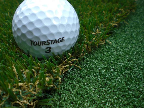 家庭用ゴルフ練習場・リアルグリーンの制作承ります。