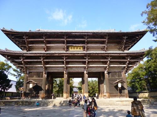 東大寺のファーストタッチといえばここですね