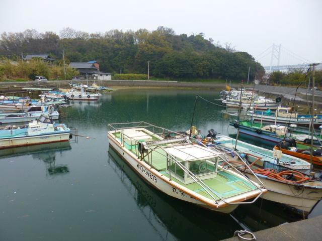 瀬戸芸がなければ,おだやかな静かな海の村です