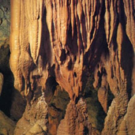 球泉洞内部1