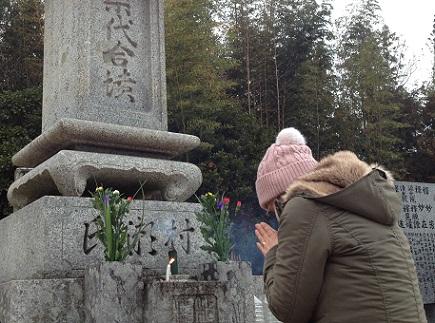 12302012墓参1