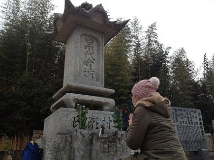 12302012墓参2