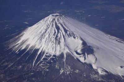 NH 135便 羽田〜那覇1