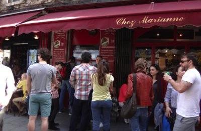 Rue de Rosiers 1