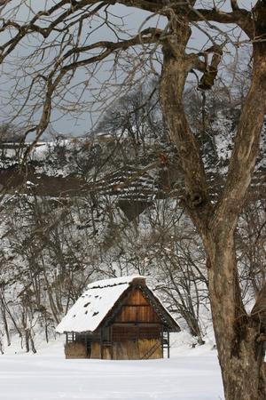 冬の合掌小屋