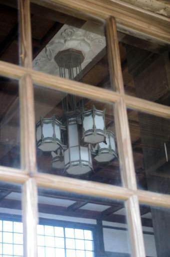 大社駅の照明