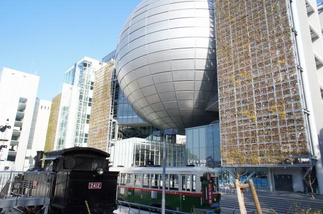 名古屋市科学館(南側)