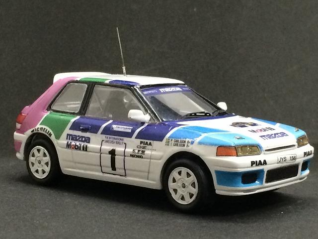 Mazda323_02.jpg