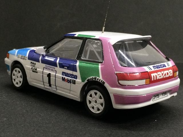 Mazda323_03.jpg